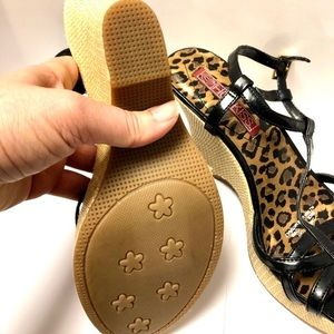 Hot Kiss Shoes - Leopard Hot KISS Sandals